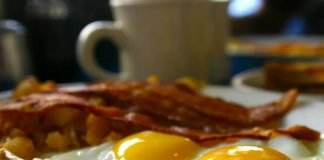 how to make the best bacon and eggs in the history of humanity